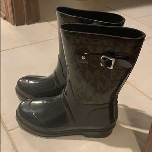 Micheal Kors Rainboots size 7